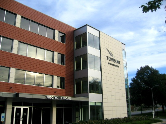 Picture of 7800 York Road Building